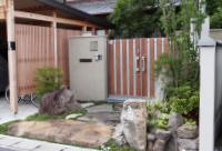 玄関・花壇・菜園